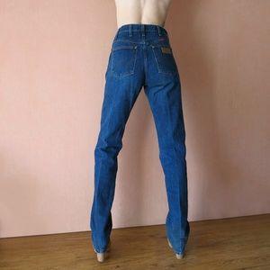 Wrangler High Waist Straight Leg Jeans